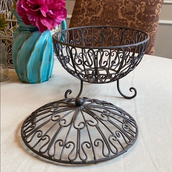 Large Metal Basket with Lid